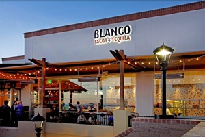 dog friendly places to eat in Tucson, Arizona, pet friendly restaurants in Tucson, Arizona